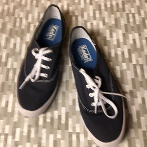Keds Ortholite Tennis Shoes. Sz. 9.